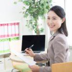 転職エージェントのキャリアアドバイザーの女性の画像